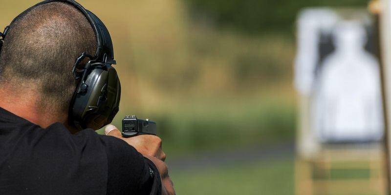 The 10 Best Range Bags For Handguns/Pistols at the Shooting Range: 2017 Reviews